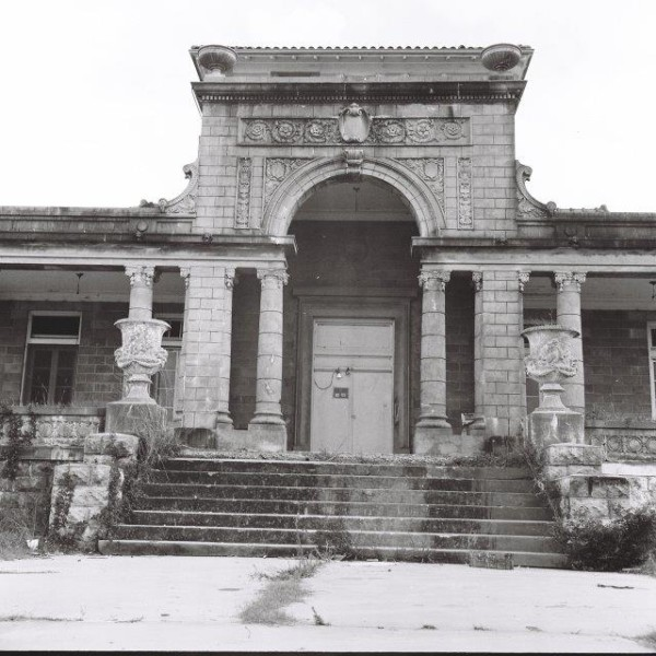 The Merry Mansion 1
